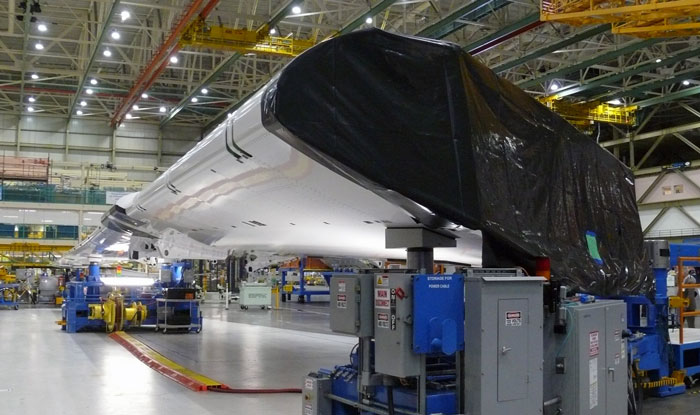 Aurora-accelerates-the-production-of-composite-wings-for-the-Boeing-787